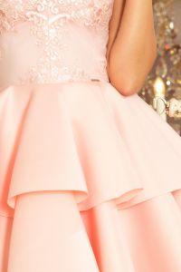 207-3 ALEXIS - ekskluzywna sukienka z koronkowym dekoltem i pianką - PASTELOWY RÓŻ