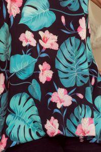 201-2 Luźna bluzka z dwoma kieszonkami - CZARNA W LIŚCIE