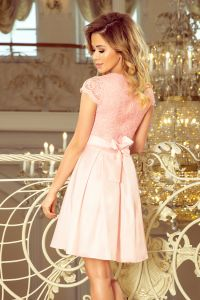 242-1 ANNA sukienka z dekoltem i koronką - PASTELOWY RÓŻ