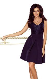 208-1 Sukienka z koronkowym dekoltem i kontrafałdami - GRANATOWA