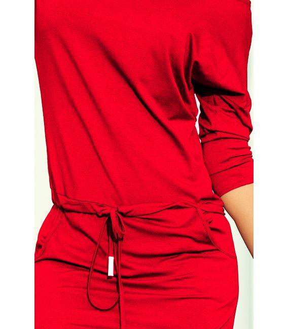 13-96 Sukienka sportowa z wiązaniem i kieszonkami - CZERWIEŃ