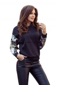 279-3 Bluza kangurka z kapturem - czarna z kolorowymi wstawkami