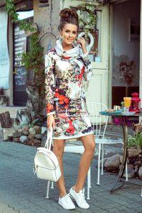 282-1 IRENE Sukienka z golfem - kolorowy wzór