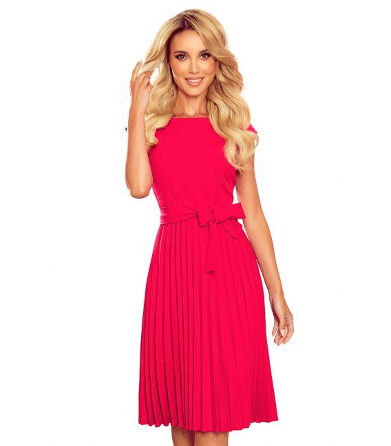 311-5 LILA Plisowana sukienka z krótkim rękawkiem - kolor MALINOWY
