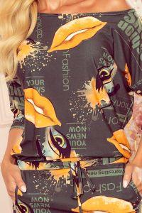 13-123 Sukienka sportowa z kieszonkami - ZIELONA GAZETA + usta