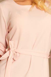 193-2 MAYA Sukienka z falbankami i paskiem - PASTELOWY RÓŻ
