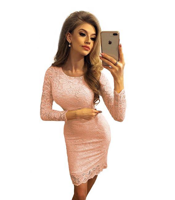 145-5 Dopasowana koronkowa sukienka - BRZOSKWINIOWA