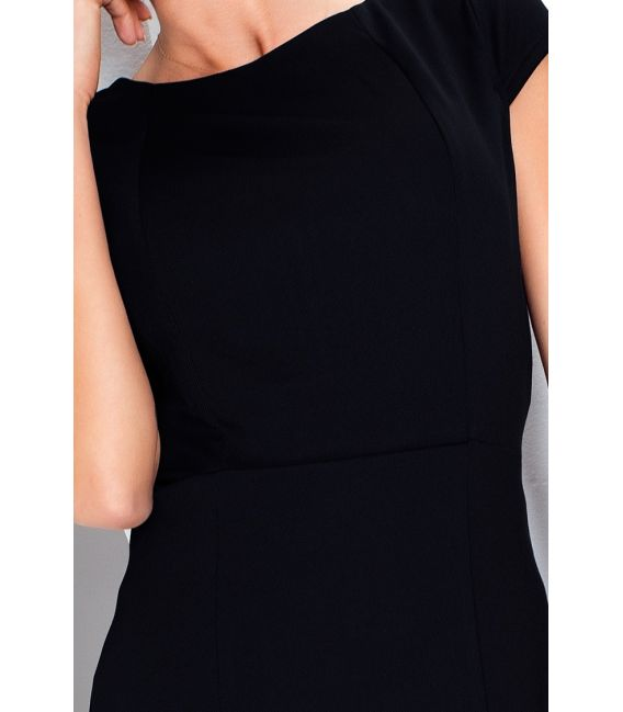 37-3 Elegancka sukienka z krótkim rękawkiem - czarna