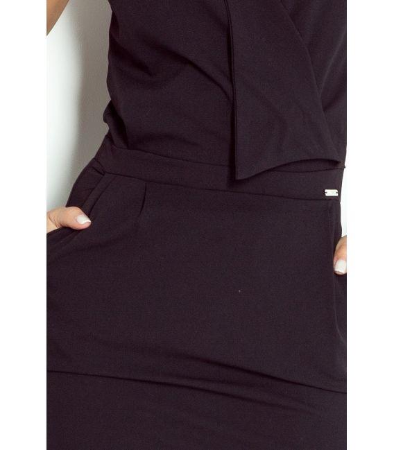 94-4 Sukienka z zakładanym dekoltem - CZARNA